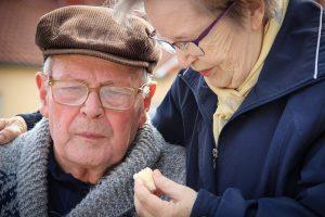 À quoi ressemble le quotidien des séniors dans les maisons de retraite ?
